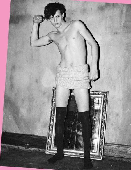 VISUAL TALES Alex Dunstan in Meet Mr. Speed by Leonard Greco. Image Amplified www.imageamplified (6)