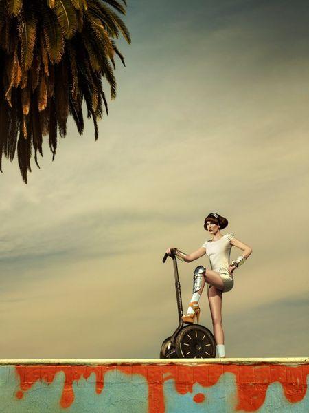 HARPER'S BAZAAR SINGAPORE Milla Jovovich by Simon Upton. Image Amplified www.imageamplified (6)