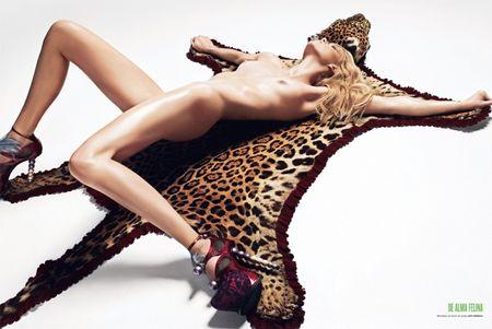 V MAGAZINE SPAIN Masha Novoselova Nude in Go Wild by Txema Yeste. Image Amplified www.imageamplified (2)