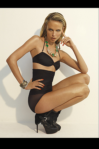 """VOGUE SPAIN: Natasha Poly in """"Black & Gold"""" by Patrick Demarchelier. www.imageamplified.com, Image Amplified"""
