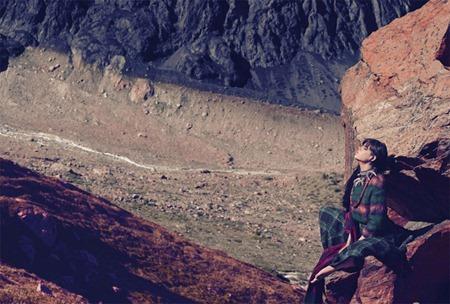 HARPER'S BAZAAR UK Meghan Collison in A World Away by Norbert Schoerner. Vanessa Coyle, November 2010, www.imageamplified.com, Image Amplified (5)