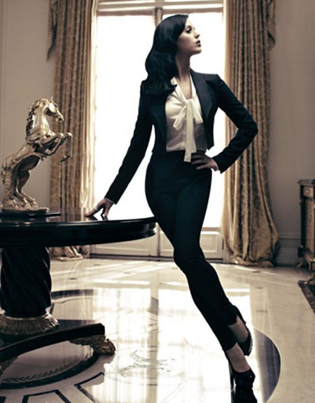 HARPER'S BAZAAR MAGAZINE Katy Perry by Alexi Lubomirski. December 2010, www.imageamplified.com, Image Amplified (9)