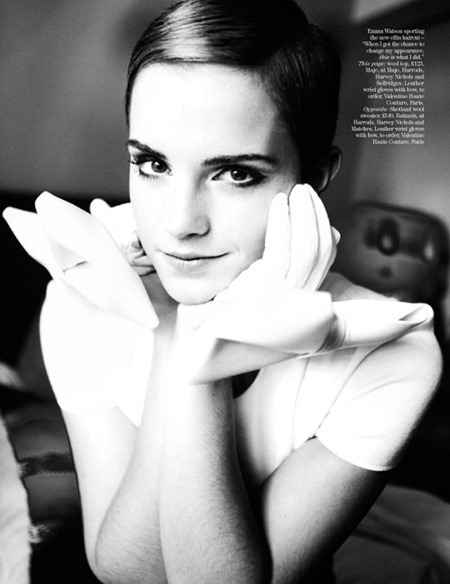 VOGUE UK Emma Watson by Mario Testino. December 2010, www.imageamplified.com, Image Amplified (2)