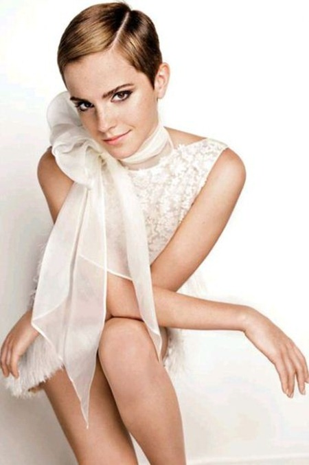 VOGUE UK Emma Watson by Mario Testino. December 2010, www.imageamplified.com, Image Amplified (12)