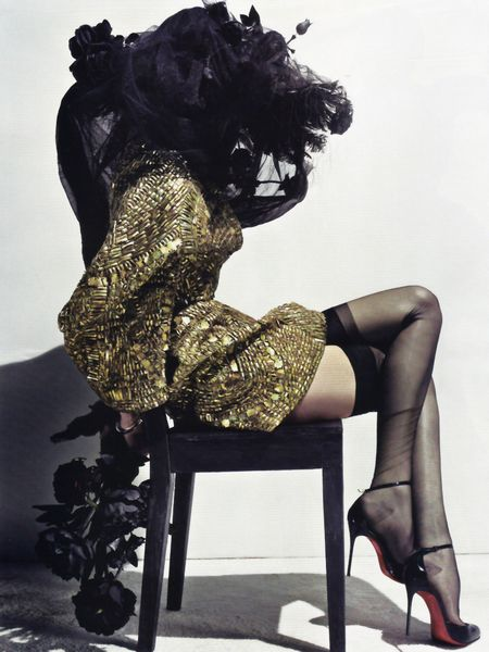 VOGUE PARIS Lily Donaldson in Erotica a Tribute to Alexander McQueen by Steven Klein. Image Amplified www.imageamplified (2)