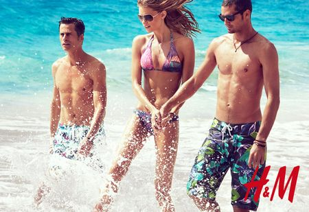 CAMPAIGN Daria Webowy, Sasha Pivarova, Julia Stegner & Lara Stone for H&M's Swimwear Collection Summer 2010 by Patrick Demarchelier. www.imageamplified.com, Image Amplified (8)