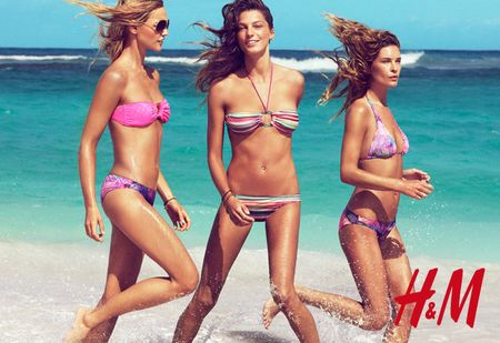 CAMPAIGN Daria Webowy, Sasha Pivarova, Julia Stegner & Lara Stone for H&M's Swimwear Collection Summer 2010 by Patrick Demarchelier. www.imageamplified.com, Image Amplified (3)