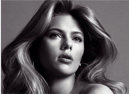 V MAGAZINE Scarlett Johansson in Berry Scarlett by Inez & Vinoodh. www.imageamplified.com Image Amplified (2)