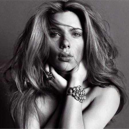 V MAGAZINE Scarlett Johansson in Berry Scarlett by Inez & Vinoodh. www.imageamplified.com Image Amplified (1)