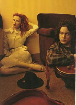 VOGUE Karen Elson & jack White in Frock & Roll by Annie Leibovitz. www.imageamplified.com, Image Amplified (1)