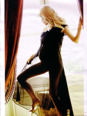 VOGUE GERMANY Claudia Schiffer in Blondshell! Ellen von Unwerth. www.imageamplified.com, Image Amplified (6)