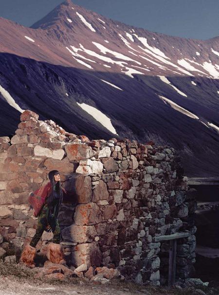 HARPER'S BAZAAR UK Meghan Collison in A World Away by Norbert Schoerner. Vanessa Coyle, November 2010, www.imageamplified.com, Image Amplified (4)