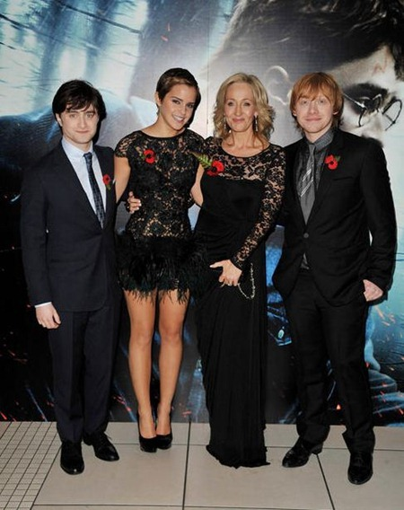 RED CARPET MOVIE PREMIERE Harry Potter And The Deathly Hallows Part 1 World Film Premiere at Odeon Leicester Square on November 11, 2010 in London, England. www.imageamplified.com, Image Amplified (22)