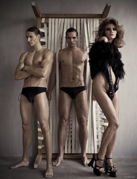 FIASCO MAGAZINE Sander, Jasper & Kim feenstra in Skin Deep by Sharon Mor Yosef & Simon Bosch. Pedro Dias, www.imageamplified.com, Image Amplified (1)