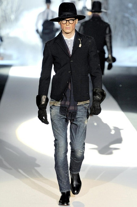 MILAN FASHION WEEK Dsquared² Fall 2011. www.imageamplifeid.com, Image Amplified (12)