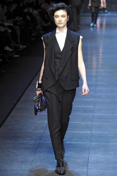 MILAN FASHION WEEK Dolce & Gabbana Fall 2011. www.imageamplified.com, Image Amplified (74)