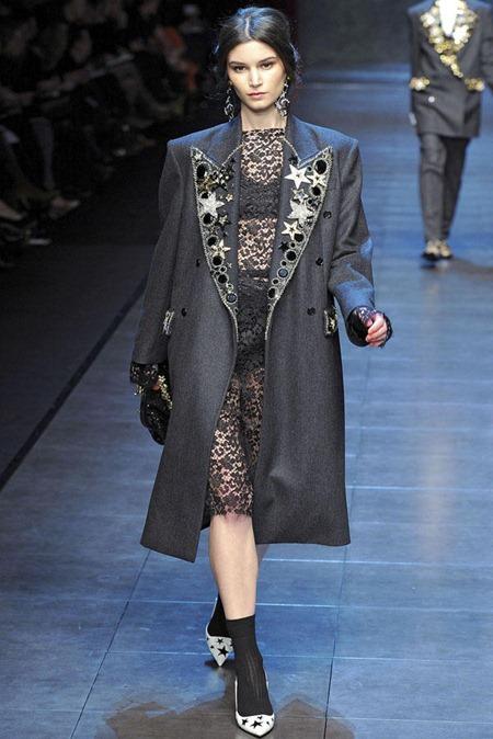 MILAN FASHION WEEK Dolce & Gabbana Fall 2011. www.imageamplified.com, Image Amplified (2)
