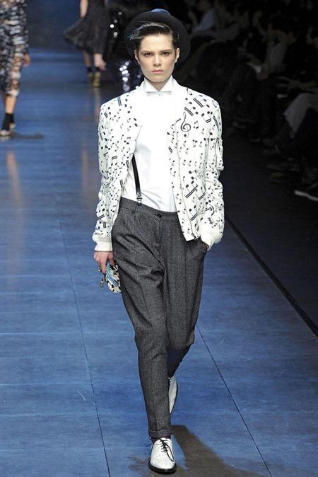 MILAN FASHION WEEK Dolce & Gabbana Fall 2011. www.imageamplified.com, Image Amplified (18)