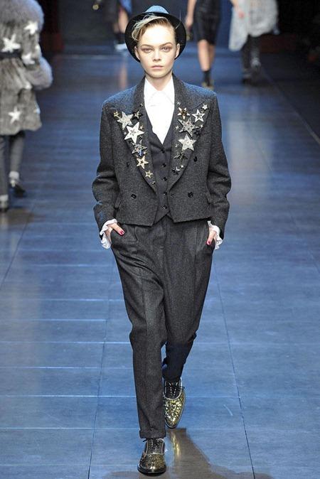 MILAN FASHION WEEK Dolce & Gabbana Fall 2011. www.imageamplified.com, Image Amplified (8)