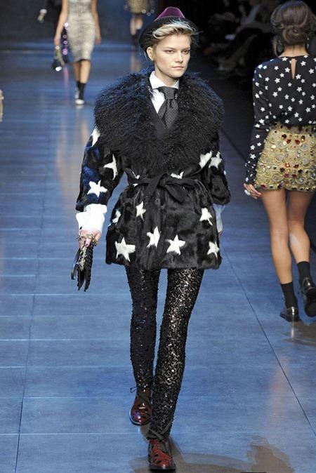 MILAN FASHION WEEK Dolce & Gabbana Fall 2011. www.imageamplified.com, Image Amplified (12 )
