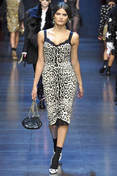 MILAN FASHION WEEK Dolce & Gabbana Fall 2011. www.imageamplified.com, Image Amplified (13)