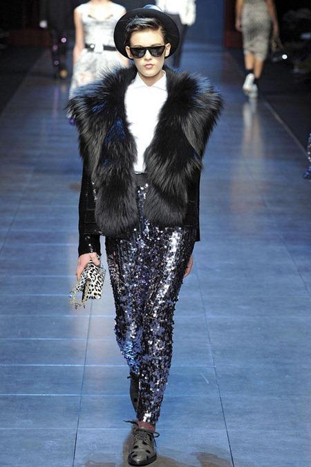 MILAN FASHION WEEK Dolce & Gabbana Fall 2011. www.imageamplified.com, Image Amplified (16)