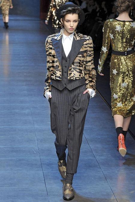 MILAN FASHION WEEK Dolce & Gabbana Fall 2011. www.imageamplified.com, Image Amplified (23)