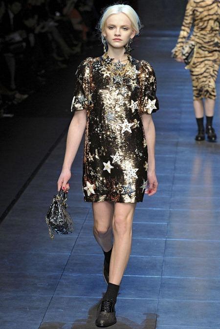 MILAN FASHION WEEK Dolce & Gabbana Fall 2011. www.imageamplified.com, Image Amplified (24)