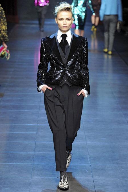 MILAN FASHION WEEK Dolce & Gabbana Fall 2011. www.imageamplified.com, Image Amplified (34)
