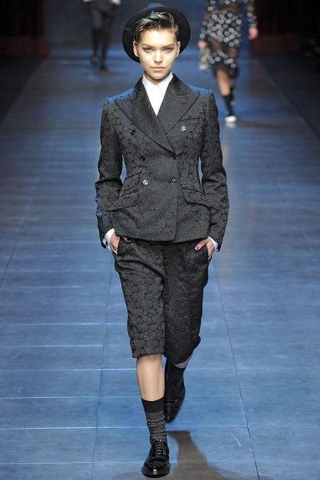 MILAN FASHION WEEK Dolce & Gabbana Fall 2011. www.imageamplified.com, Image Amplified (70)