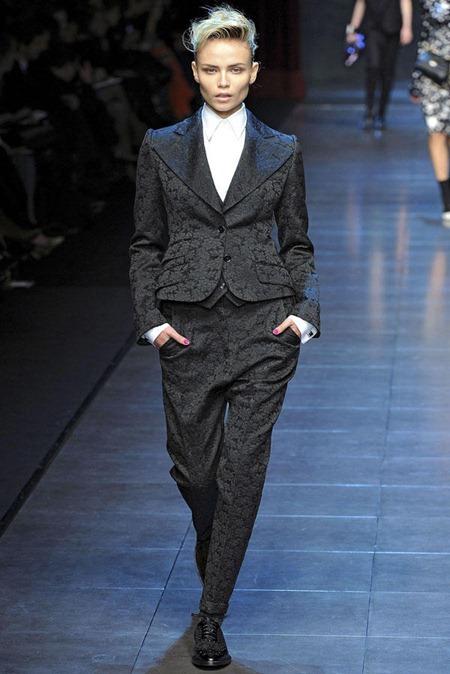 MILAN FASHION WEEK Dolce & Gabbana Fall 2011. www.imageamplified.com, Image Amplified (72)