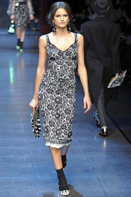 MILAN FASHION WEEK Dolce & Gabbana Fall 2011. www.imageamplified.com, Image Amplified (56)