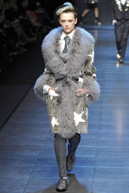 MILAN FASHION WEEK Dolce & Gabbana Fall 2011. www.imageamplified.com, Image Amplified (7)