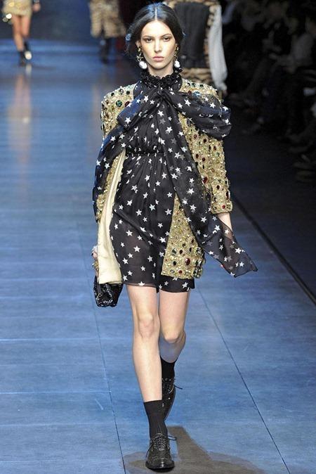 MILAN FASHION WEEK Dolce & Gabbana Fall 2011. www.imageamplified.com, Image Amplified (9)