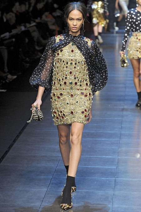 MILAN FASHION WEEK Dolce & Gabbana Fall 2011. www.imageamplified.com, Image Amplified (10)