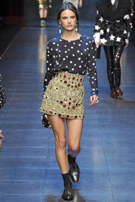 MILAN FASHION WEEK Dolce & Gabbana Fall 2011. www.imageamplified.com, Image Amplified (11)