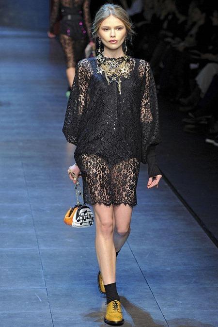 MILAN FASHION WEEK Dolce & Gabbana Fall 2011. www.imageamplified.com, Image Amplified (40)