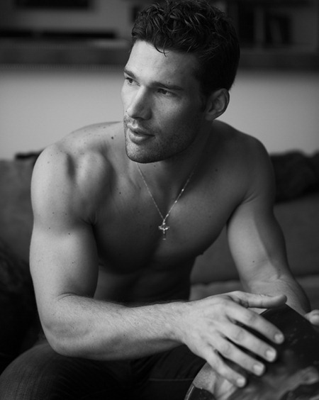FEATURED PHOTOGRAPHER Aaron O'Connell by Mariano Vivanco. www.imageamplified.com, Image Amplified (2)