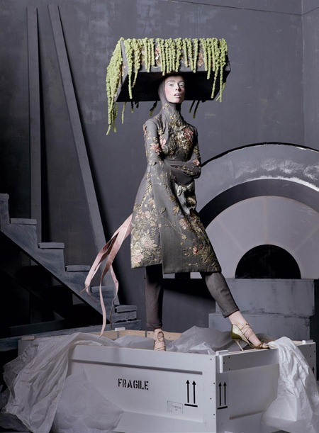 VOGUE MAGAZINE Alexander The Great by Steven Meisel. Grace Coddington, May 2011, www.imageamplified.com, Image Amplified (2)