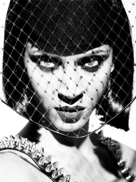 GQ SPAIN Noemie Lenoir by Sergi Pons. www.imageamplified.com, Image Amplified (4)