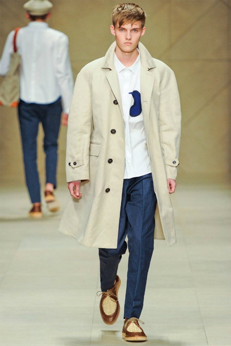 MILAN FASHION WEEK Burberry Prorsum Spring 2012. www.imageamplified.com, Image Amplified (14)