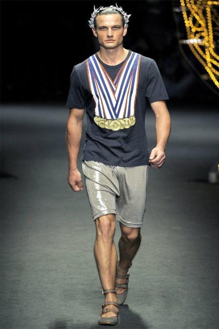 Picture About Vivienne Westwood Collection Showed in Milan Fashion Week Spring 2012