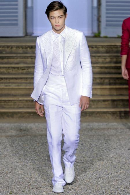 MILAN FASHION WEEK Roberto Cavalli Spring 2012. www.imageamplified.com, Image Amplified (4)