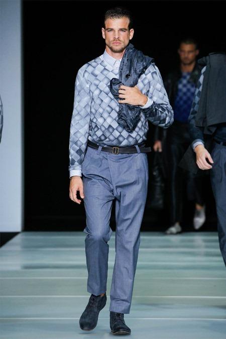 MILAN FASHION WEEK Giorgio Armani Spring 2012. www.imageamplified.com, Image Amplified (52)