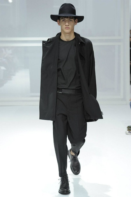 PARIS FASHION WEEK Dior Homme Spring 2012. www.imageamplified.com, Image Amplified (37)