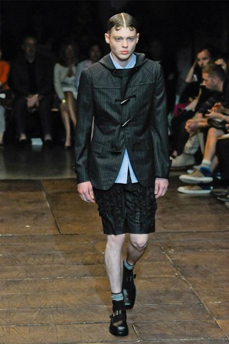 PARIS FASHION WEEK Comme des Garçons Spring 2012. www.imageamplified.com, Image Amplified (33)