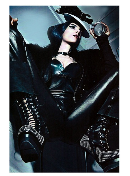 VOGUE ITALIA A Point of View by Steven Klein. Patti Wilson, September 2011, www.imageamplified.com, Image Amplified (5)