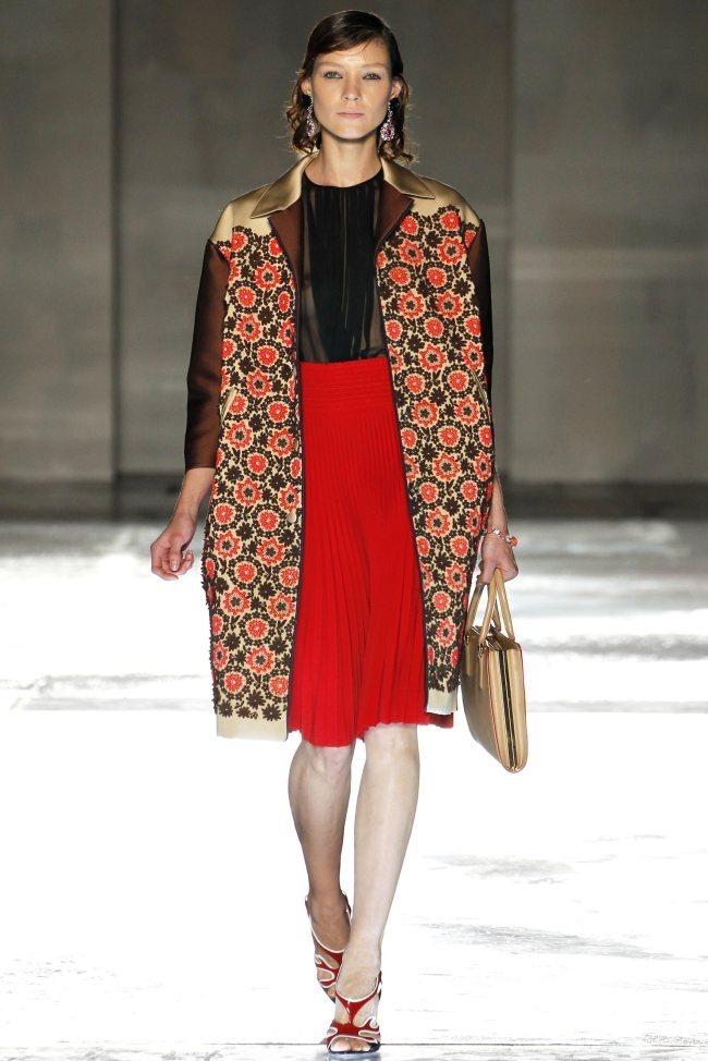 MILAN FASHION WEEK Prada Spring 2012. www.imageamplified.com, Image Amplified (10)