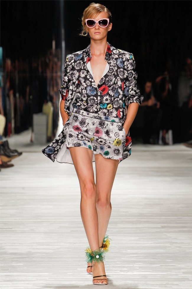 MILAN FASHION WEEK Iceberg Spring 2012. www.imageamplified.com, Image Amplified (20)