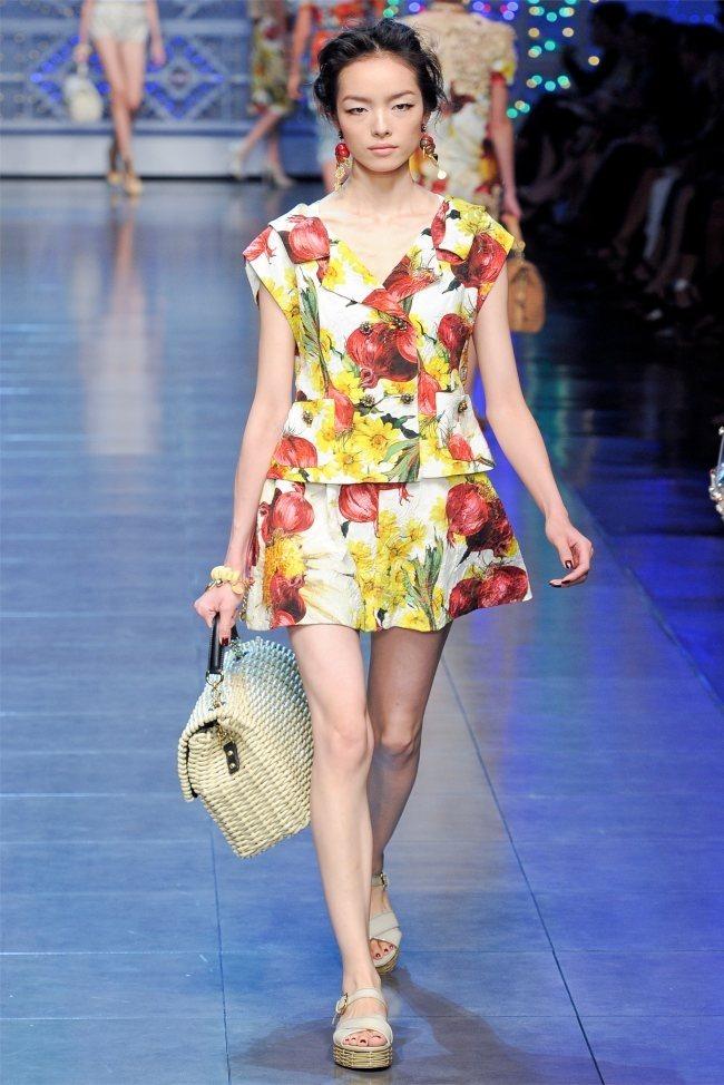 MILAN FASHION WEEK Dolce & Gabbana Spring 2012. www.imageamplified.com, Image Amplified (26)